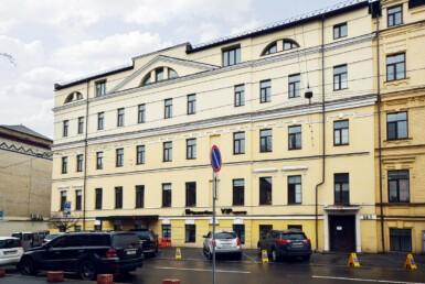 Продажа отдельно стоящего здания в исторической части Подола Агентство Недвижимости Киев. Продать, купить недвижимость, квартиру, дом DSC 4417a 385x258