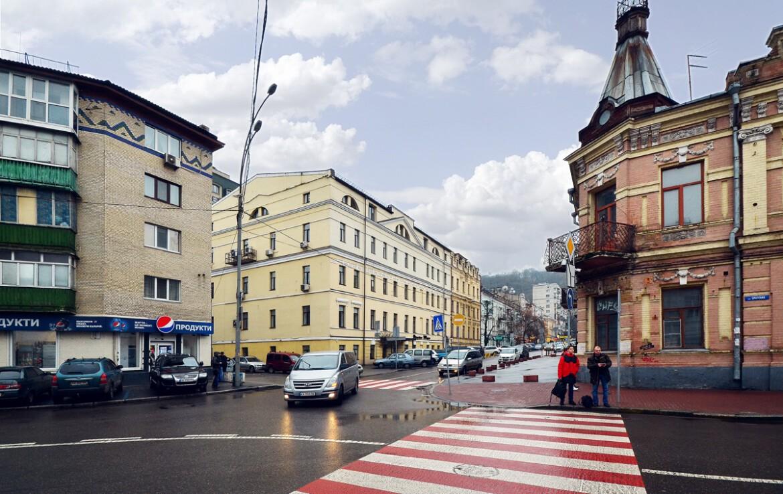 Продажа отдельно стоящего здания в исторической части Подола Агентство Недвижимости Киев. Продать, купить недвижимость, квартиру, дом DSC 4433a 1170x738
