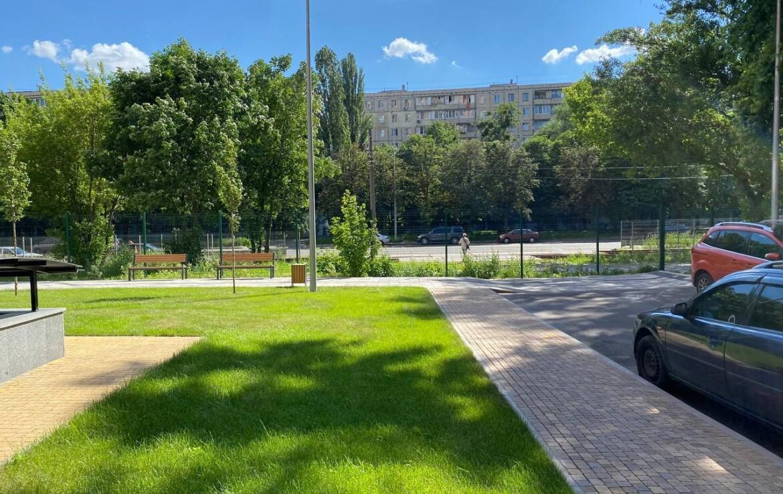 Аренда фасадного помещения Агентство Недвижимости Киев. Продать, купить недвижимость, квартиру, дом 8 1170x738